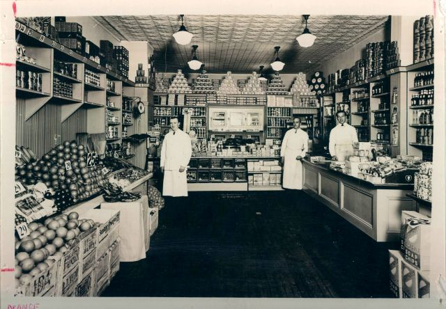 Economy Grocery Stores interior
