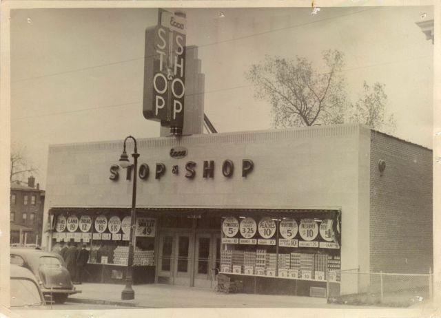 Stop & Shop exterior